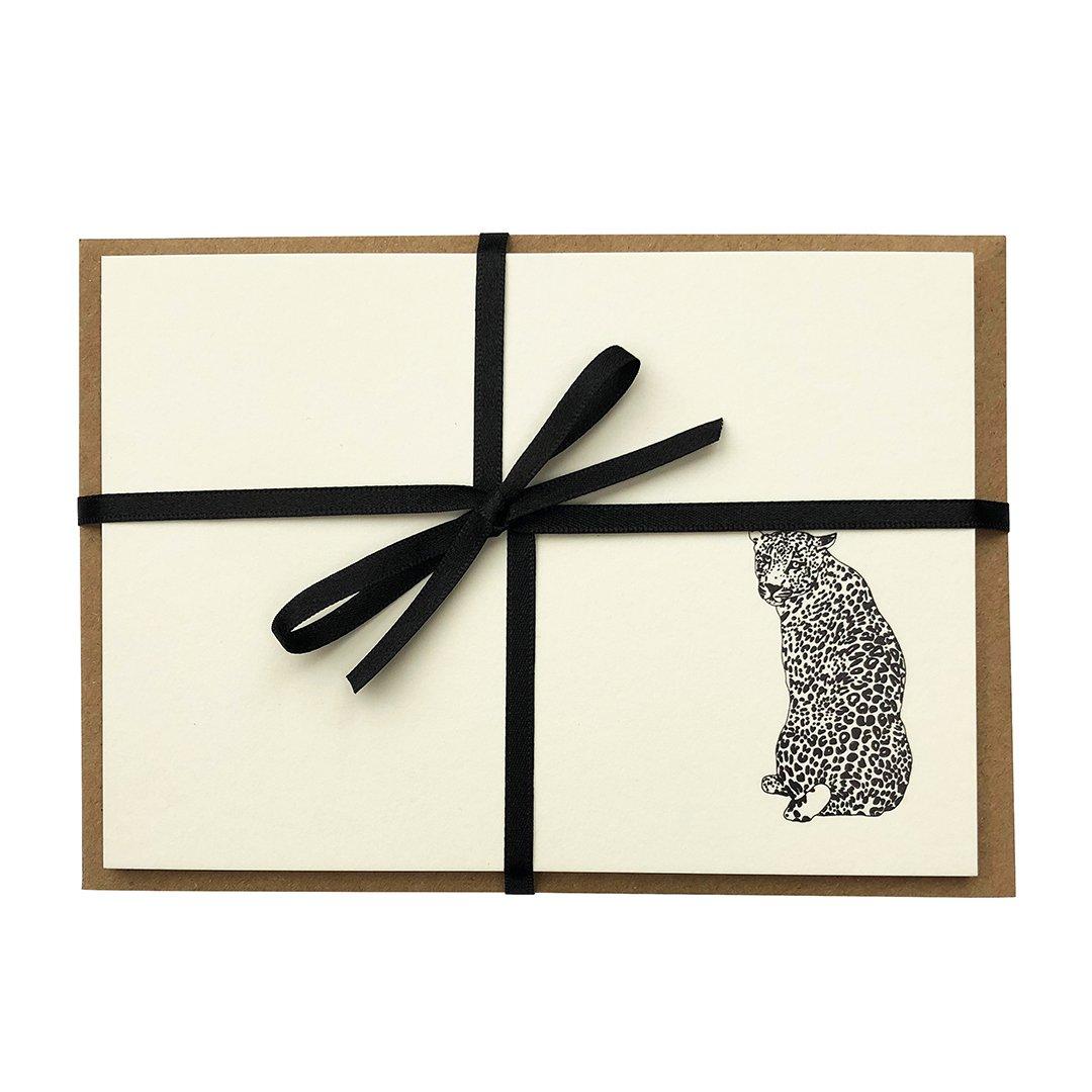 LL_cards_ribbon_cutout_1080x1080